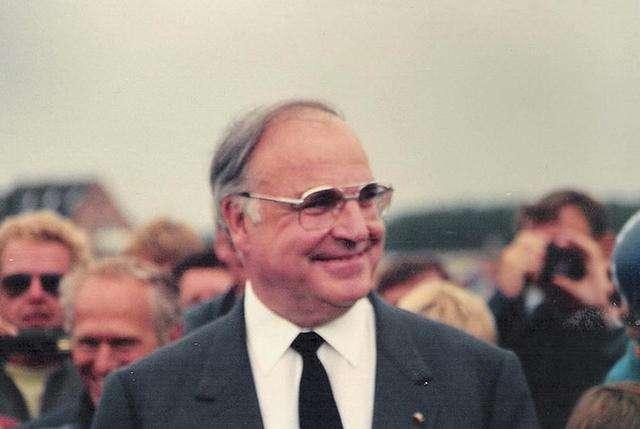 德国87岁前总理科尔去世 生前促成东西德统一