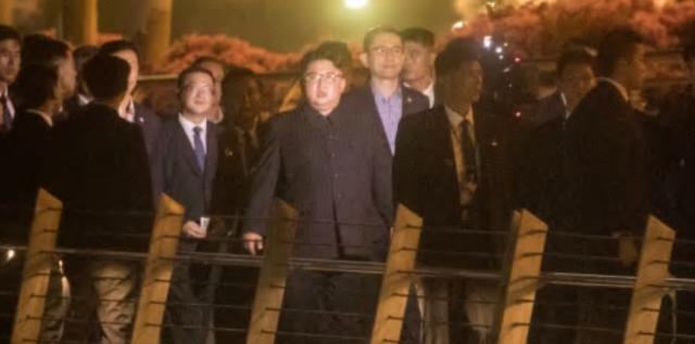 金正恩借新加坡画面暗示朝鲜发展愿景